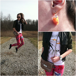 Pauline - Utility Jacket, Gap Nyc Print Tee, American Eagle Snake Skin Watch, Romwe Leggings, Goldfish Earrings - Goldfishes