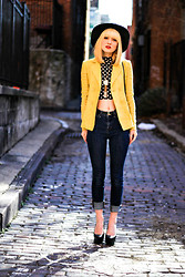 Olivia Taylor - Theory Blazer, Forever 21 Crop Top, Bdg Jeans - In the Alley