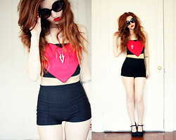 Joelle Rosen - Asos Heart Top, Plato's Closet High Waist Shorts, Forever 21 Arrow Necklace, Urban Outfitters Mary Jane Wedges - Love is Blindness
