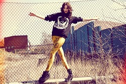 Jane Dean - Www.Youngandaspiringclothing.Com Sweater, Leggings - Daughter - Youth (The Wild Youth)