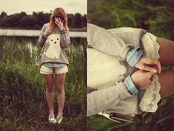 Kasia Cieślik - Oysho Sweater, Stradivarius Denim Shirt, Pull & Bear Pull&Bear Lace Shorts, Vintage Bag, Oxfords - My Dreams, They Come A Kissin', Cause I Don't Get Sleep