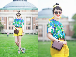 Elizabeth Jin - Vintage Tropical Floral Top, Vintage Yellow Suede Shorts, Vintage Leather Box Purse, Jeffrey Campbell Peacock Print Sandals, Sunday Somewhere Retro Sunglasses - Go Retro