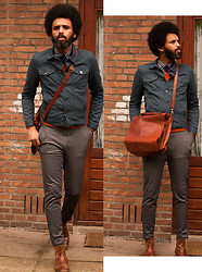 Dualleh Abdulrahman - Primark Jeans Jacket, Vanilia Pyjamas Pants, Mansfield Leather Boots, Vintage Store Leather Bag, Canda Orange Sweater, Vintage Shirt, Vintage 100% Wool Tie - Keep it simple!