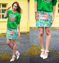 Ciara O doherty - Ebay Jumper, Primark Skirt, Ebay Heels, Primark Chain - How to be a Heartbreaker