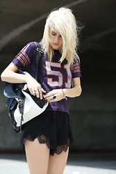 Jenny Parry - Yes Walker Backpack, Vintage Shirt, Finders Keepers The Label Shorts - #51