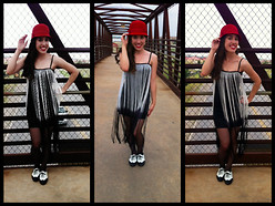 Reina H - Windsor Flapper Dress, Urban Outfitters Oxfords, Old Navy Cloche Hat, Long Curly Hair - On the bridge so bargain with me, so I can be home again