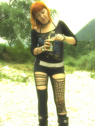 Ramona La Racchia - Hellcouture T Shirt Sepultura 3/4 Sleeve, Pants Made By Me, Pyramid Studs Belt - Chaos A.D.