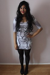 S Z - Bam Tiger Dress, Pretty Polly Embellished Tights - Twentieth