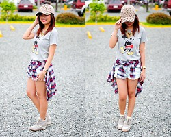 Cheska B - Uniqlo Mickey Mouse Tee, Luxury Mall Wedge Sneakers, H&M Shorts - Fun