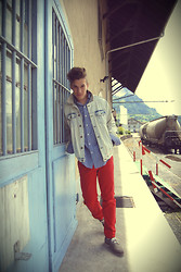 Dominik S. - Ralph Lauren Shirt, Zara Jacket - The blue door