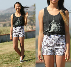 Shirley M - Jawbreaking Tank Top, Pacsun High Waisted Floral Shorts - Floral Winds
