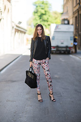 Caroline B - Balenciaga Jacket, Zara Pants, Saint Laurent Bag, Céline Shoes, Zara Top - Floral + black
