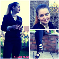 Anami Papay - Zara Blazer, New Look Heels - Kissing under the cherry tree