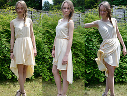 JaMajka (floweryblog.blogspot.com) - Dress - Cream Dress | GIVEAWAY