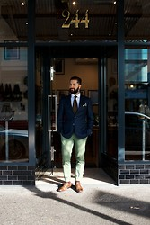 Jared Acquaro - Dormeuil Amadeus Blazer, Oscar Hunt Twill Shirt, Paolo Albizzati Herringbone Tie, Jack London Chino, Grenson Bert Oxford - Beggar Man Thief
