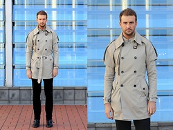 Alex from FOUREYES - Detachable Trench - Detachable Trench