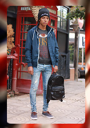 Hamza Ryø' - Beannie Sinstar Clothing, New Yorker, H&M Sweat, H&M Jeans Skinny, Choies Bag !, Vans Era 59 - I see london in one day !