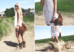 Fanny Larsson - Chapnlle Fringebag, River Island Curtaindress, Asos Riveted Boots - It may shine behind the dust