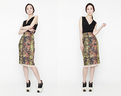 Charlotte K - Jarret Top, Be Skirt, Lane.910 Heels - Daylight