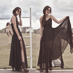 Elle-May Leckenby - Black Chiffon Draping Dress, Beige And Brown Leather Backpack, Leather Lace Up Pumps, Zerouv Round Shades - Let's go to an art gallery