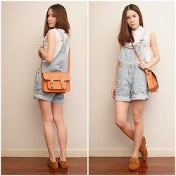 Kapongpeang K. - Vintage Overall, Vintage Crop Shirt, Old School Bag - The vintage