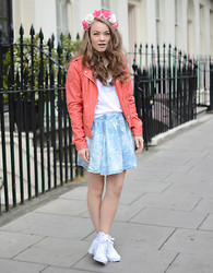 Stine Mo - Jofama Leather Jacket, Primark Tie Dye Skirt, Topshop Shoes, Primark Flower Crown - Montague st.