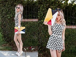 Eugénie Grey - Tracyeinny Lourdes Colorblock Envelope Clutch, Jeffrey Campbell Fox Tick, Tracyeinny Solveig Monochrome Diamond Romper, Forever 21 White Faux Leather Belt, Forever 21 Cuff - It's a Wonderful Life