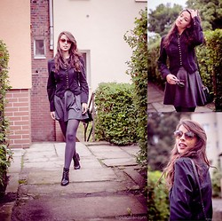 Nicol Rozwadowska - H&M Black Boots, River Island Jacked, Zara Skirt - Come with me for a walk