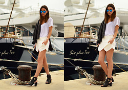 Zina CH - Vintage Jacket, Spektre Sunglasses, & Other Stories Shoes, Zara Skirt, Miu Clutch - God Bless Greece