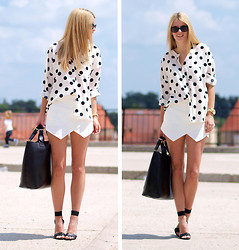 Ivana Ivic - Nowistyle Blouse, Zara Shorts, Sheinside Bag, H&M Heels, Chanel Sunglasses - Weekend