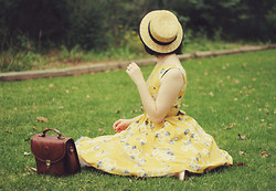 Annika Victoria - Dress, Boater Hat, Satchel   Thrifted - Come and open up your folding chair next to me
