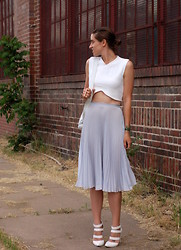 Kate Schneider - Zara Studio Crop Top, Asos Pleated Midi Skirt - Petal
