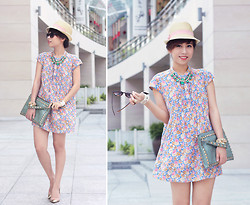 Linda Tran N - Zara Tunic, H&M Hat, Clutch - Summer in the city