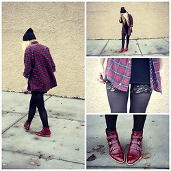 Nicole Alyse - Vintage Flannel, Thigh High Tights, Modern Vice Booties - In the streets.