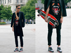 Chaby H. - H&M Blazer With Leather Details, Zara Black Trousers, Nike Air Max Sneakers, Casio Gold Watch, Rottweiler Printed T Shirt - Sometimes in black