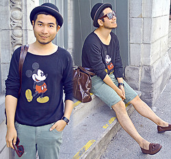 Ben Liu - Zara Round Hat, Disneyland Mickey Mouse T Shirt, Aldo Square Watch - Mickey Mouse in Old Montreal