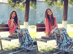 Tania Kourshakova - Befree Jacket, Befree Dress, Befree Clutch - Long dress + print.