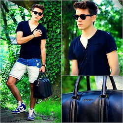 Peter C. - Givenchy Lucrezia Lagre, Ray Ban Wayfarers, H&M V Neck Tee, Saint Laurent Bracelet, Zara Ombre Shorts, Nike High Top Sneakers, Daniel Wellington Dw Watch - Labirinth