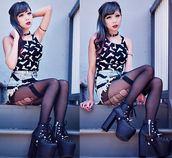 Essy Noir - Gun Crop Top, Dolls Kill Choker, The Cobra Shop Tattoo Choker, Bitching & Junkfood Phuket Shorts, Unif Hellbounds, Shoe Garters - Don't Wanna Be Just Like You