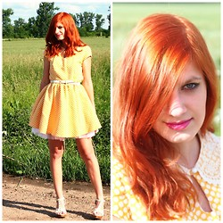 Mirka Germanova - Primark Dress - Little Miss Sunshine