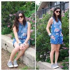 Peggy @ www.hallwaysaremyrunways.com - Urban Outfitters Romper, Ralph Lauren Sunglasses, Tocs Watch, Converse Sneakers - City Blooms