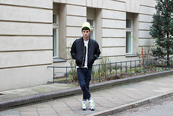 Thibaud G. - Nike Air Max Sneakers, Weekday Jeans, Bomber Jacket, American Apparel Fluo Hat, Banana Republic T Shirt - Get your shine on