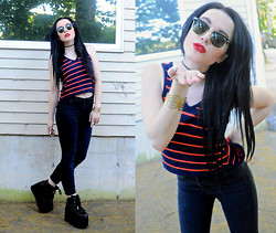 ♡ SACPUN ♡ - Cropped Sweater Vest, Bdg High Waisted Jeans, Ray Ban Sunglasses, Platform Sneakers - Can You Give Me a Thrill??