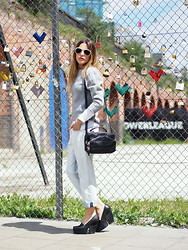 Lucrezia Mancini - Balenciaga Sweater, Acne Studios Jeans, Acne Studios Pumps, Alexander Wang Bag, Dries Van Noten Sunglasses - BOYFRIENDS JEANS
