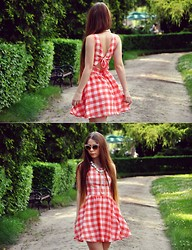 Martyna R -  - Checkered