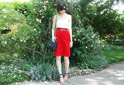Caylee M. - Ray Ban Sunglasses, H&M Tube Top, Vintage Belt, Vintage Skirt, Zara Bag, Zara Heels, Michael Kors Watch - Sea of love.