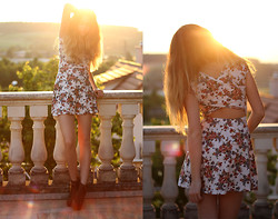 Francesca S - Brandy Melville Usa Dress, Heels - The seasons have changed and so have we