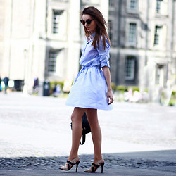 Anouska Proetta Brandon - Gap Dress, Ivanka Trump Heels, Asos Bag - Collegiate #styldby
