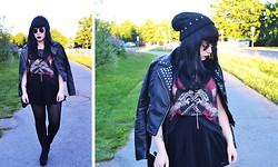 Janni L - Beanie, Faux Leather Jacket - Reckless