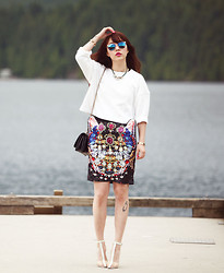 Ivy Xu - Kokon To Zai Skirt, Alexander Wang Heels - Going bright